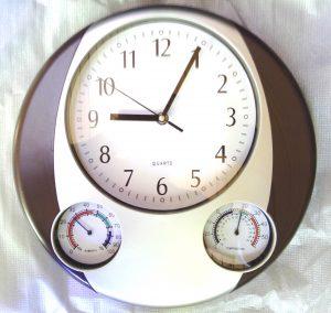 Zidni sat sa termometrom i barometrom-0